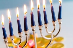hanukkah-safety-tips
